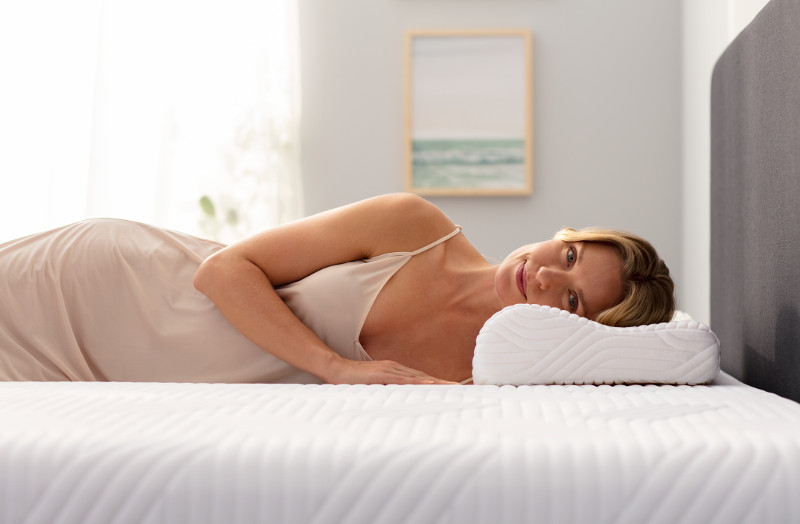 oreiller ergonomique ombracio soutien nuque et paules. Black Bedroom Furniture Sets. Home Design Ideas